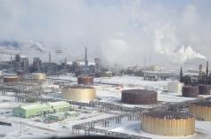 Une raffinerie en chemin
