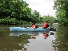 Canot sur l'eau