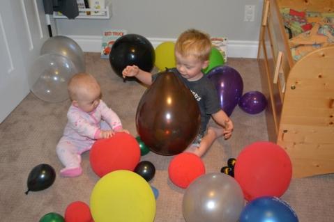 Ballons (mis dans la chambre de Nathan cette nuit)