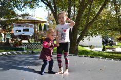 Margaux a adoré le trampoline